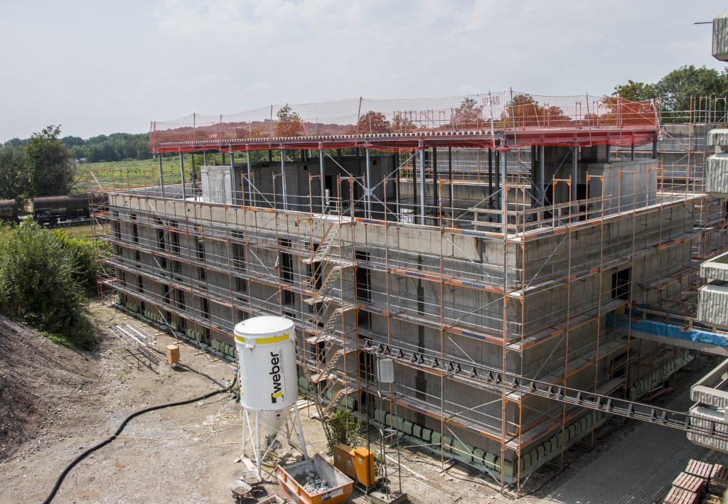 Neubau Laborgebäude und Halle